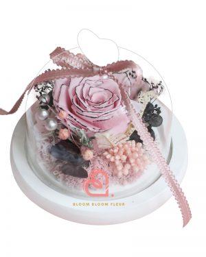 迷你愛心玻璃罩(黑邊粉紅色玫瑰)