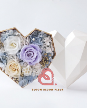 Preserved Flower Gifts for Lovers